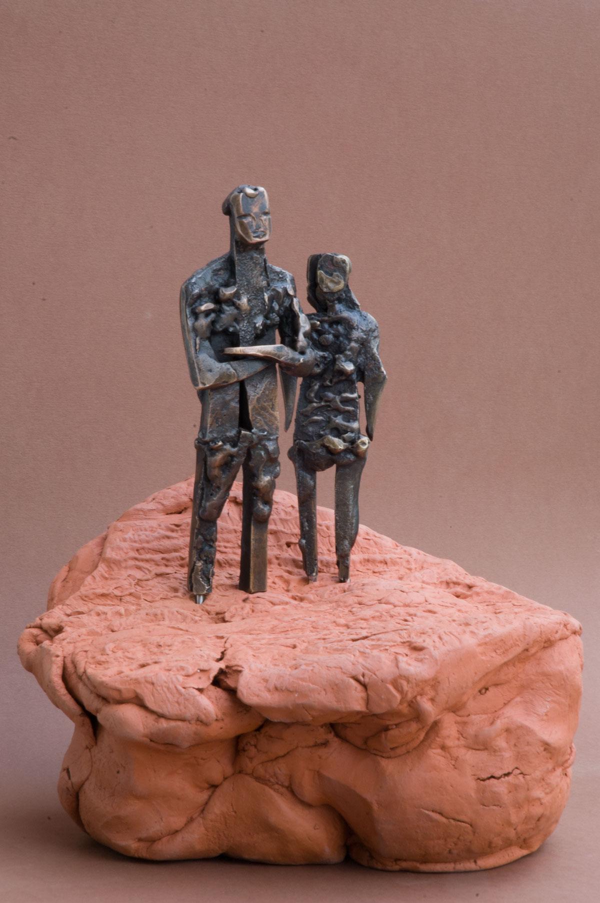 """Echtpaar op Akker"", 2015, gelast brons/ terracotta"
