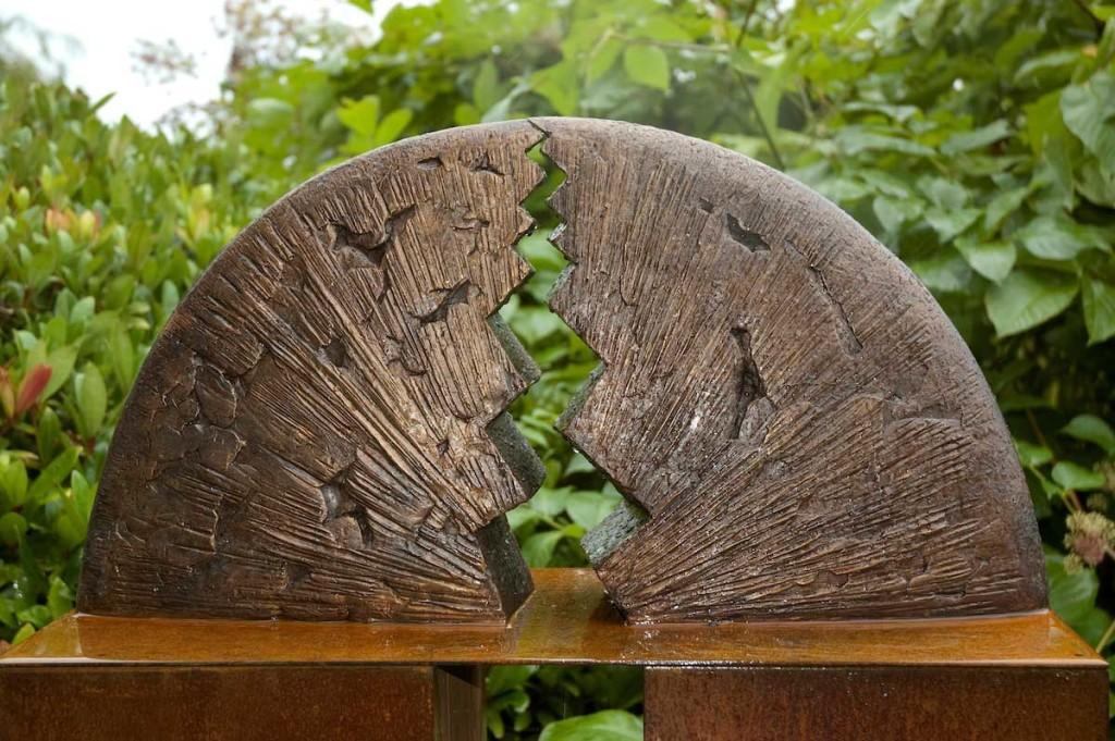 bronzen beeld Krachten-I-detail